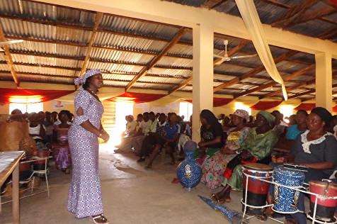 Pic 2 G&L Tassie Teaching in church